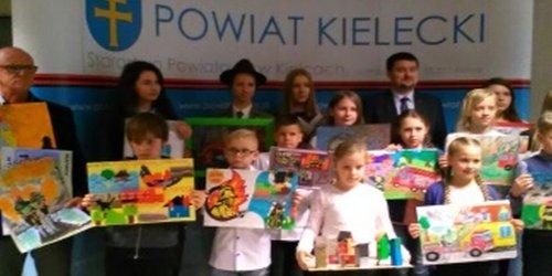 """26-04-2017 I miejsce w powiatowym konkursie plastycznym  """"25 lat PSP - Profesjonalni, Sprawni, Pomocni"""""""