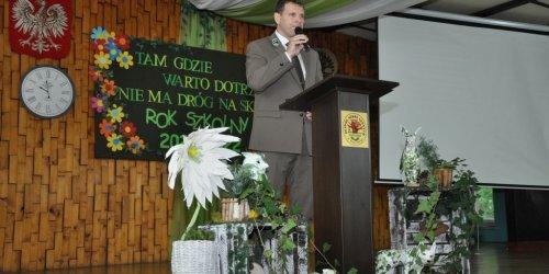 01-09-2021 Uroczyste rozpoczęcie roku szkolnego 2021/2022 w Zespole Szkół Leśnych w Zagnańsku